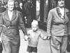 029-mom aunt maggie & me-c-1940