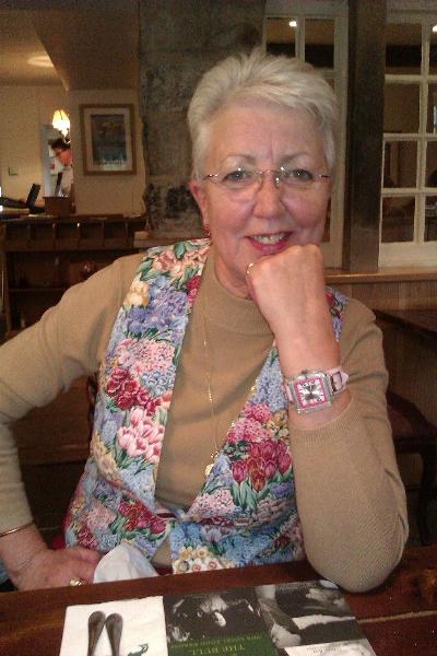 21-elizabeth-morgan-october-2011