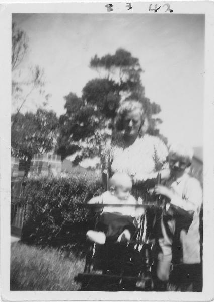 030-me john mom-1942