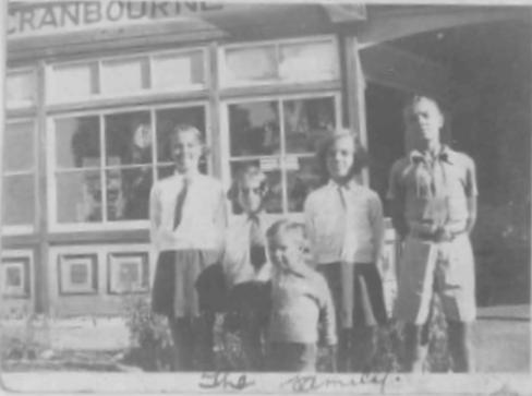 12b-walternellie-family-2